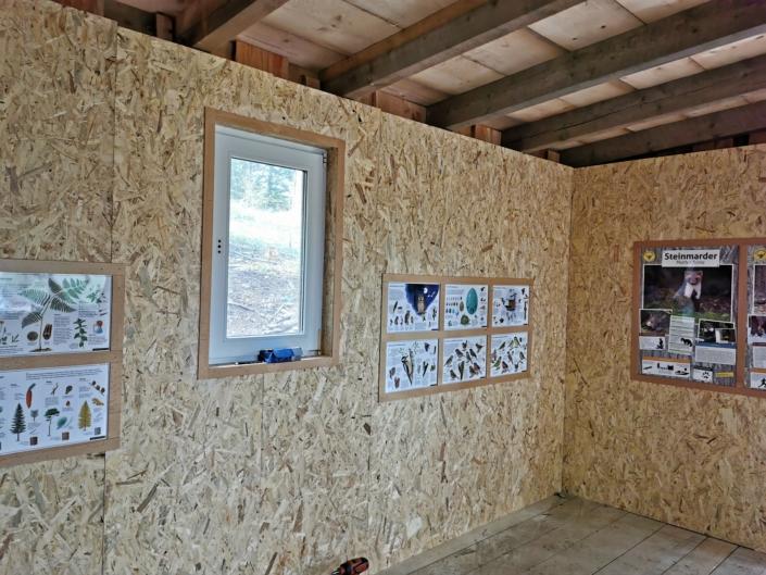Schutzhütte und Kindertransportwagen für Kita Hasenland